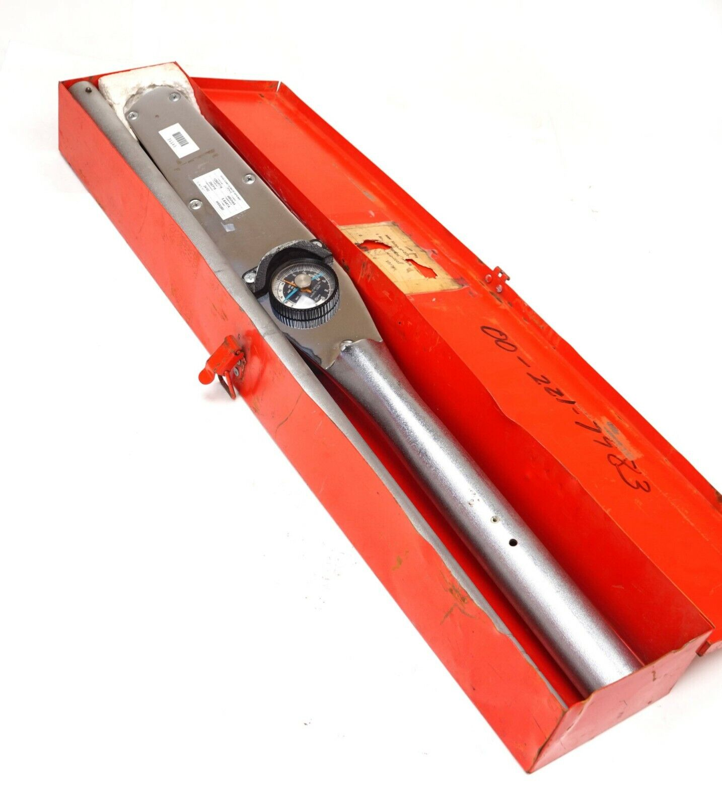 Torque Wrench With Memory Needle
