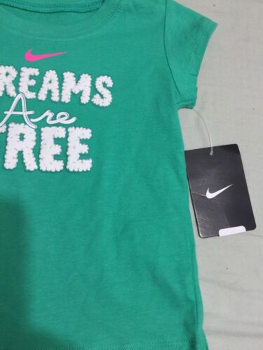 Nike 12 Months Dreams Are Free Short-Sleeve Tee Green New