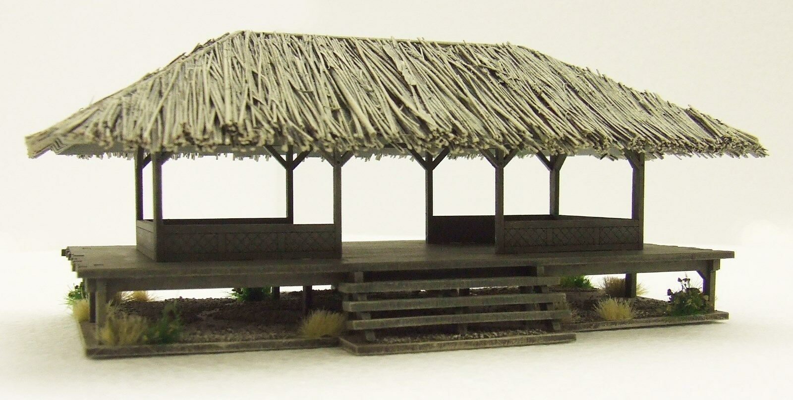 VIETNAM 'VILLAGE COMMUNITY HOUSE'  15mm  BUILT & PAINTED TO COLLECTOR'S STANDARD