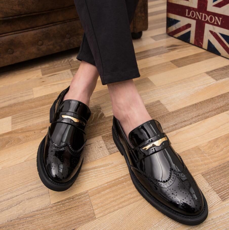 caldo Uomo Driving Casual scarpe Patent Leather scarpe scarpe scarpe Moccasin Slip On Loafers New  moda classica