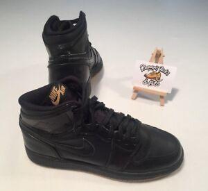 pretty nice 2c13d 492d6 Nike Air Jordan 1 Retro Black Hi Top Trainers UK 5.5 VINTAGE ...