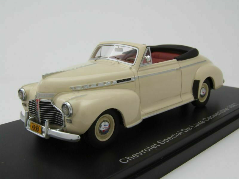 Neo 1 43 Chevrolet especial de Luxe converdeible, Beige