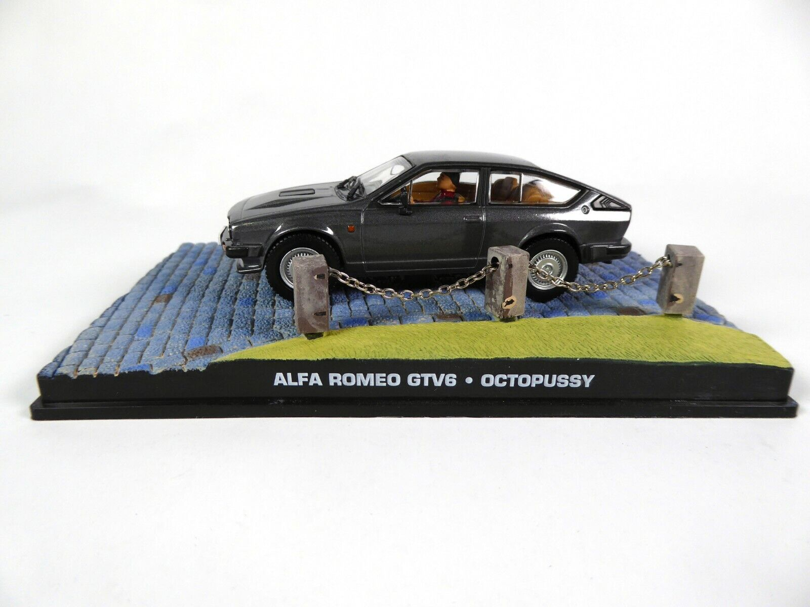 Die cast 1//43 Modellino Auto 007 James Bond Alfa Romeo 159 Quantum of Solace