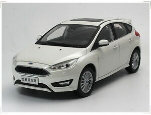 1-18-Scale-FORD-FOCUS-2016-White-Diecast-Car-Model-Toy-Collection
