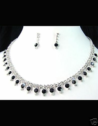 Diamante Necklace Set BEAUTIFUL new in gift box**45**
