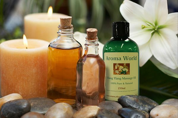 MASSAGE OIL FROM AROMA WORLD 100ml - YOU CHOOSE YOUR ESSENTIAL OIL