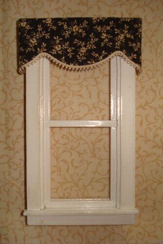 "3 /"" W x 1 1//4 /"" L Tiny Black and Tan Flowers Valance Dollhouse Curtains"