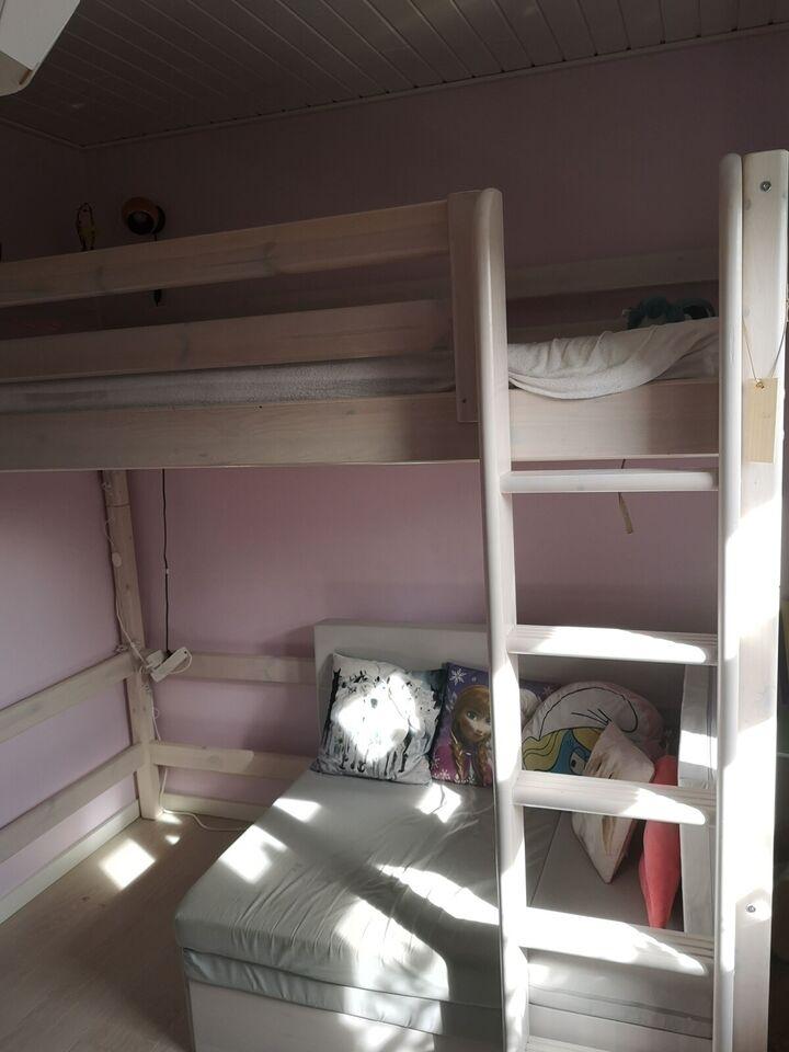 Højseng, Flexa seng med sofa som kan trækkes ud til en seng,