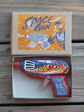 NIB ~ SPACE RAY GUN Pistol 1970's Tin Litho Yonezawa JAPAN SPARKS  ~ SHIPS FREE
