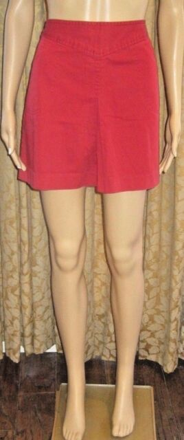 Banana Republic Size 4 Red Front Pleat Skirt W/Pockets & a Back Zipper