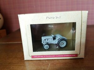 Ertl-Farm-Tractor-Toy-Ford-9N-New-Holland-3-4-034-Long-50th-Annivers-1995