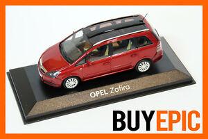 Minichamps-Opel-Zafira-B-Panorama-Dach-1-43-Rot-Metallic-Modellauto