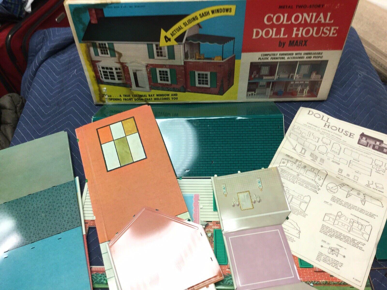 Vintage Marx Grande Metal dos Historia Colonial Casa Muñeca En Caja Original Hecho En Estados Unidos