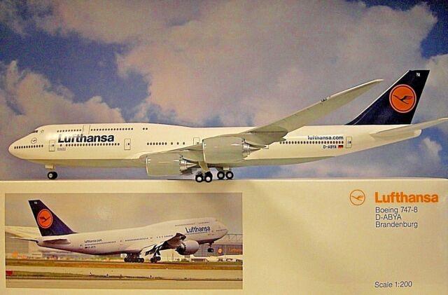 Limox Wings 1:200 Boeing 747-8 Lufthansa D-Abya Brandenburg + Herpa-Wings