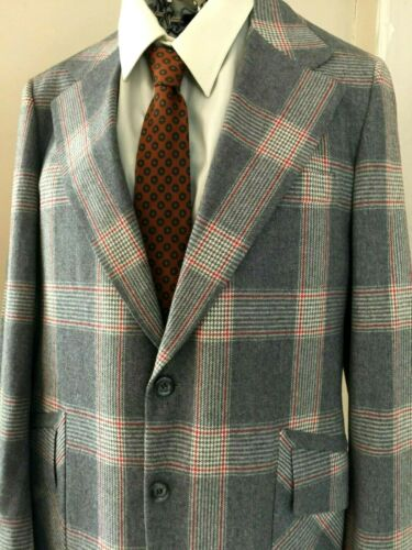 Men's 70's SPORT COAT Plaid Red & Grey WOOL 44R Pe