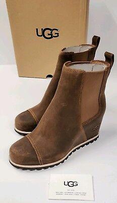 UGG Women's W Pax Fashion Boot Size 5