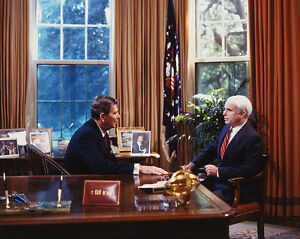 President-Ronald-Reagan-with-Senator-John-McCain-in-Oval-Office-Photo-Print