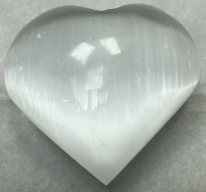 3-034-Selenite-Heart-Crystal-Quartz-Natural-Stone