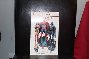 Titan-Books-JLA-Earth-2-By-Grant-Morrison-amp-Frank-Quitely