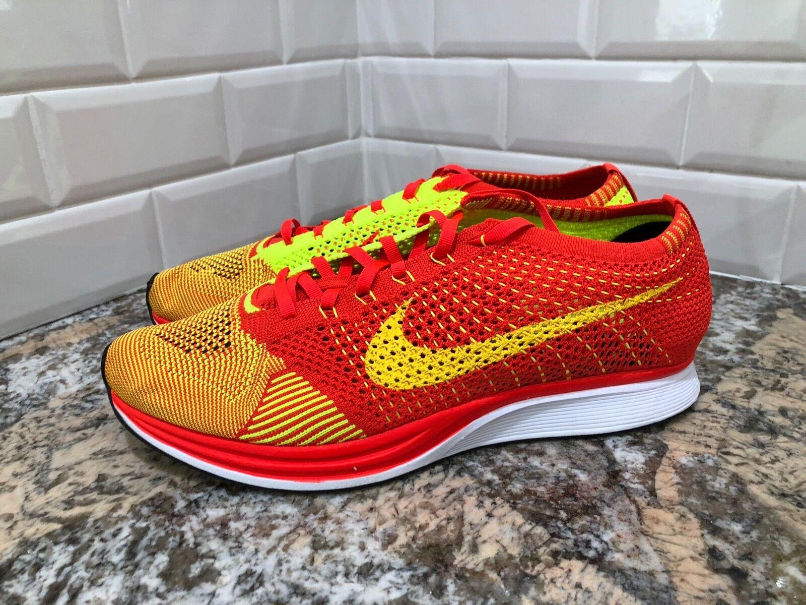 2015 Nike Flyknit Racer Bright Crimson/Volt Size Trainer 526628 -601 SZ 13
