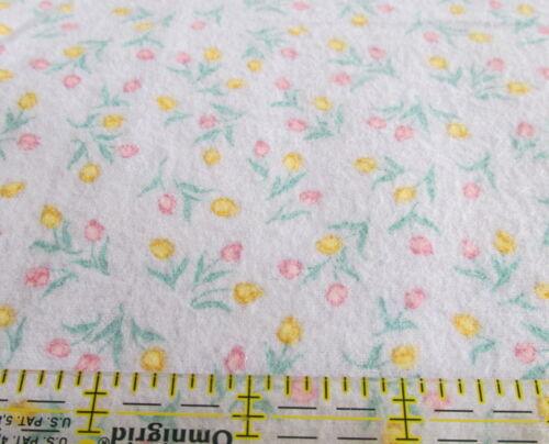 Flannel cotton fabric Lavender tulip toss calico BTHY half yard cut pastel