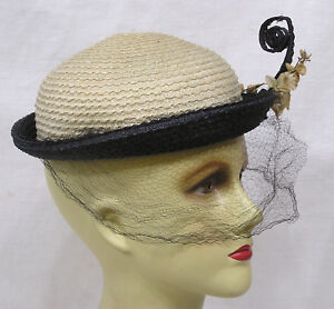 Vintage Ladies Hat 1950s Black Cream Straw Flowers with Curly Accent ... 5c4f5a1d2ae5