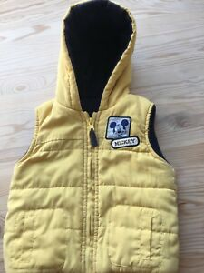 d940e263d Yellow Fleece Lined Hooded Gilet Bodywarmer Baby 9-12 months Mickey ...