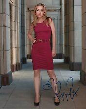 Piper Perabo signed 11x14 photo