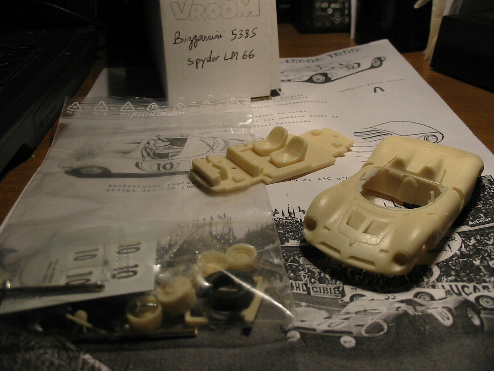Kit Bizzarrini 538 S  10 Le Mans 1966 - Vroom Models kit 1 43