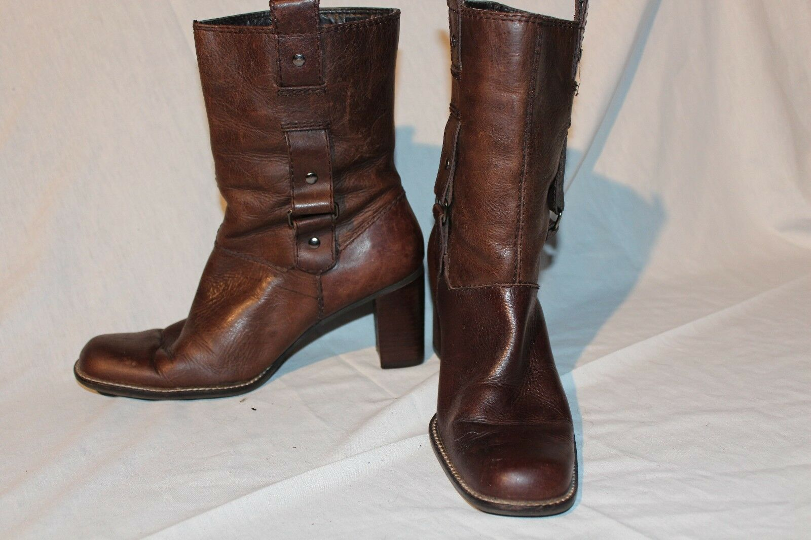 What's What by Aerosoles Women's  Easy Rider  Short Boots Booties 7.5M