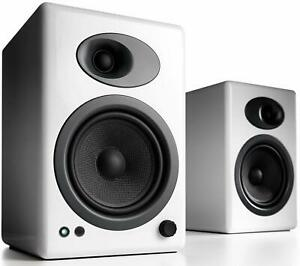 Audioengine-A5-Powered-Speakers-HI-GLOSS-WHITE