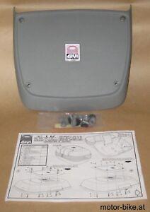 Gepaeckplatte-Givi-E67-fuer-Maxia-E50-anthrazit