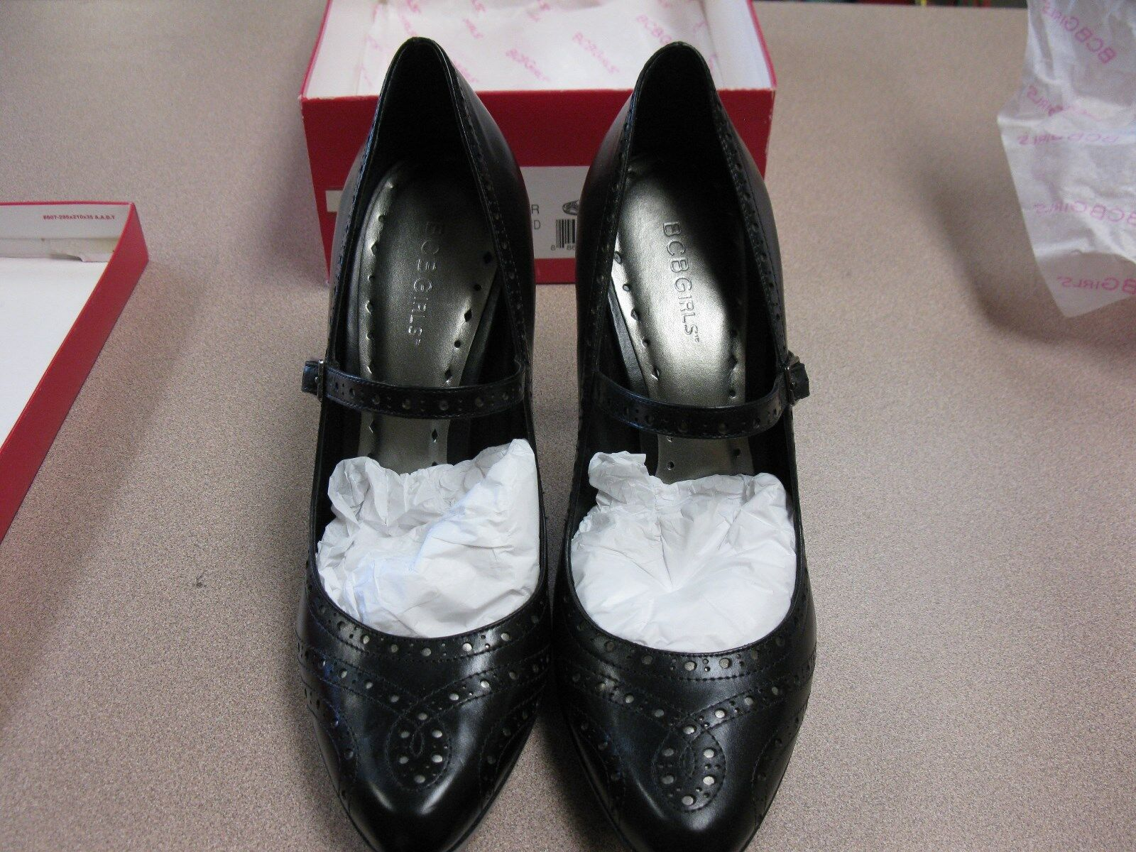 BCB Girls Womens shoes Black High Heels Strap Leather size 10