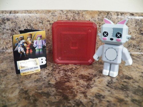 Livre de monstres knittens ROBLOX Celebrity SERIES 5 RED BOX /& Virtual code