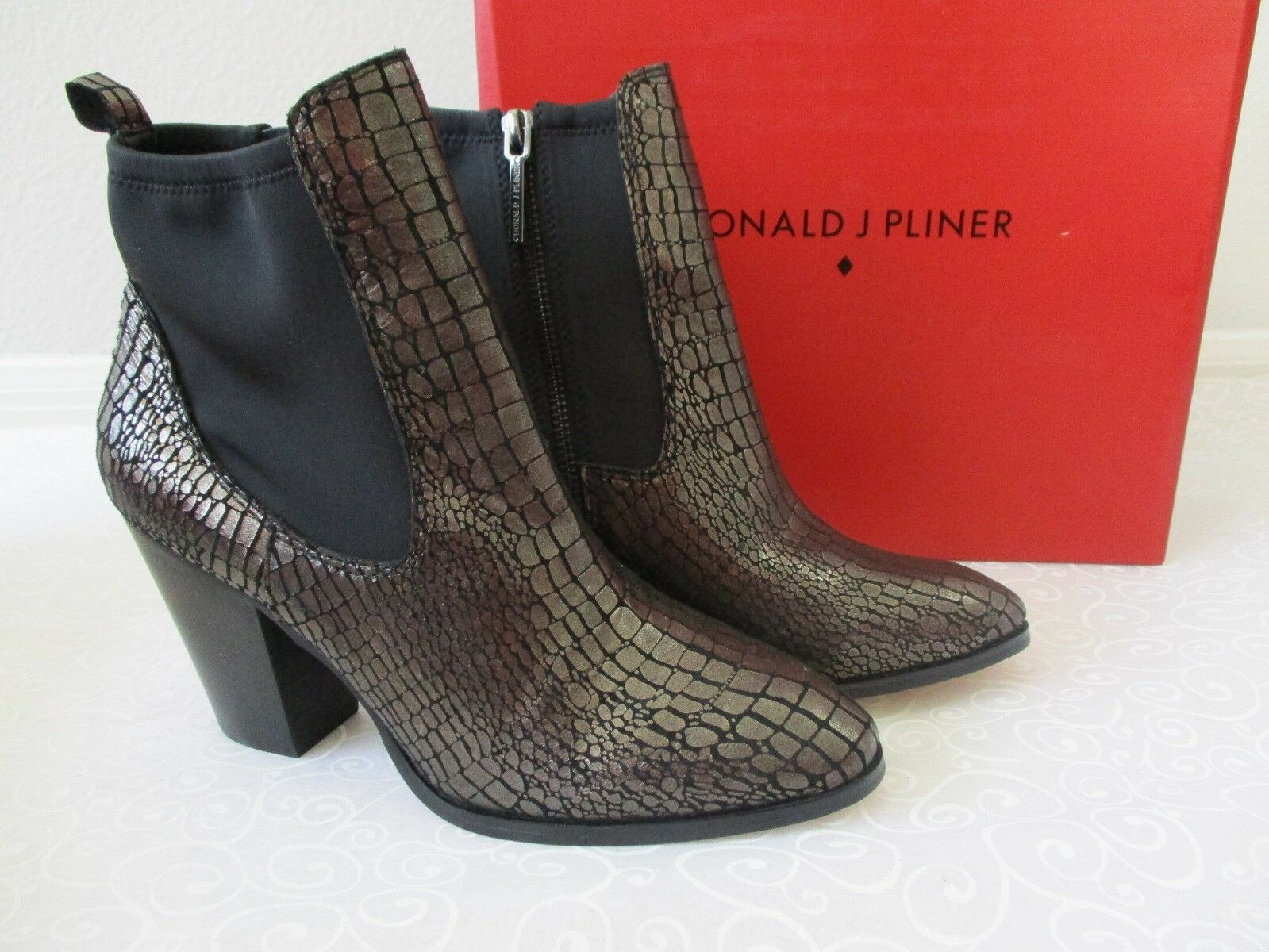DONALD J PLINNER PEWTER METALLIC CROCCO ANKLE BOOTS SIZE 9 1/2 M - NEW W BOX
