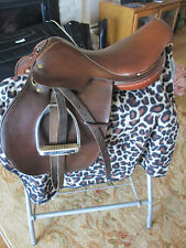 "16.5""  CROSBY OLYMPIC WORKS NARROW CC JUMP  ENGLISH SADDLE W LEATHERS & IRONS"