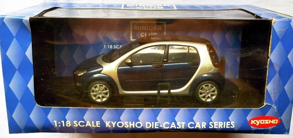 Kyosho 09105  Smart Forfour, Metall-Modell Metall-Modell Metall-Modell in 1 18, Neu & OVP e04369