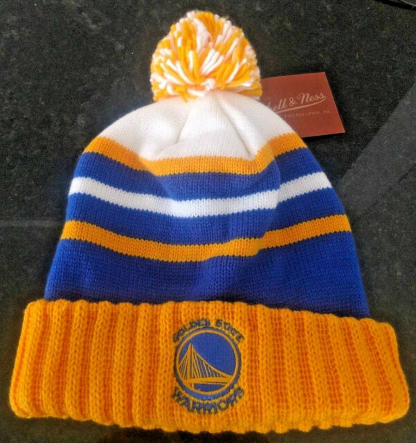 ec5b88c3b2c NWT Mitchell   Ness Golden State Warriors Cuffed Winter Pom Knit Beanie ...