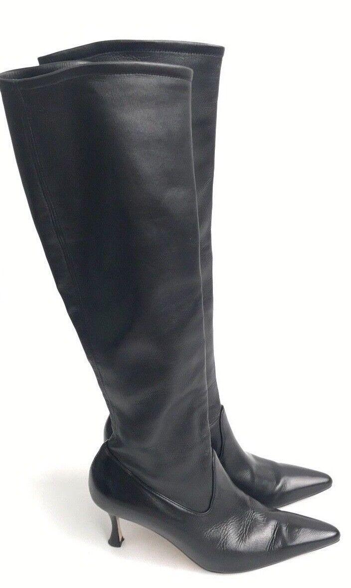 Manolo Blahnik de tamaño 35.5 Cuero Negro botas Hasta La Rodilla
