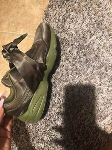 c687fb4dab626c Puma x Fenty By Rihanna Women Bow Sneaker Green Olive Branch size ...
