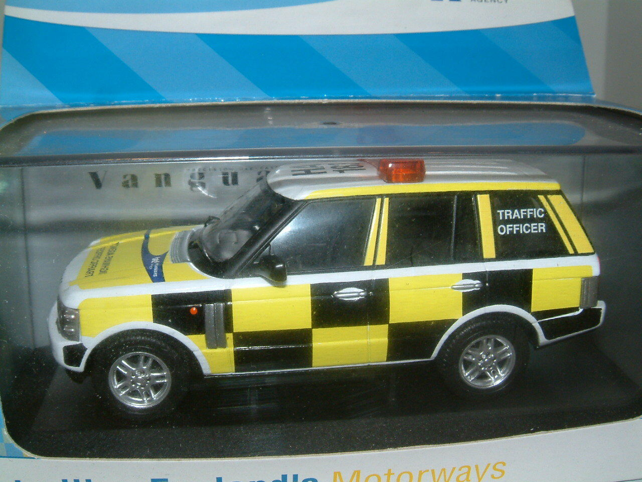1 43 RANGE ROVER, HIGHWAYS AGENCY TRAFFIC OFFICER PATROL CAR`CORGI VANGUARDS`