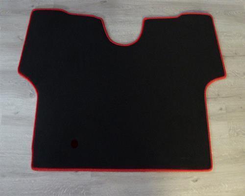 Fendt Vario 300 ohne Motorbremse b BJ 9//2015 Fußmatte Teppich schwarz//rot