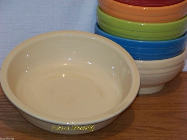 Fiesta® IVORY Post 86 Medium 19 oz Bowl