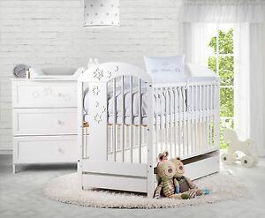 babybett mit schublade 120x60 wei gitterbett babyzimmer. Black Bedroom Furniture Sets. Home Design Ideas