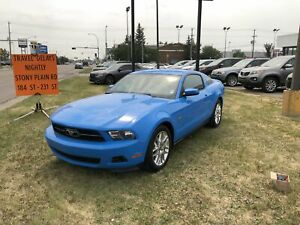 2012 Ford Mustang AUTO! V6! BLUETOOTH! LEATHER SEATS!
