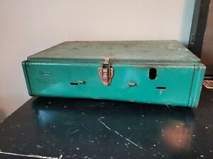 Vintage Coleman 425E Camping Stove