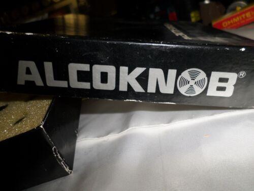 "Alcoswitch Kpn 500B 1//8 straight Knurled Pointer Knob 3.2Mm-1//8 /"" shaft   loc265"
