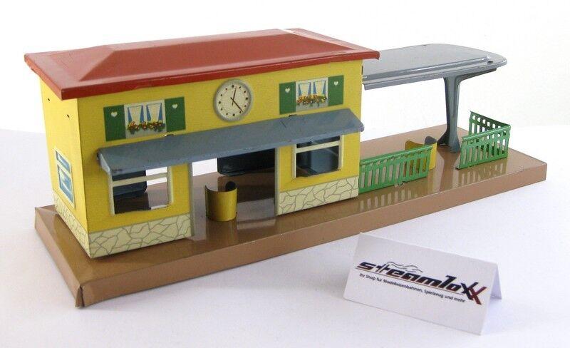 HWN Heinrich Wimmer Spur 0   H0 Bahnhofsgebäude mit Bahnsteig Blech X00001-20654