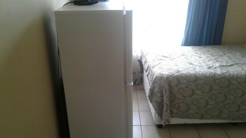 Fully Furnished And Equipped Single Room