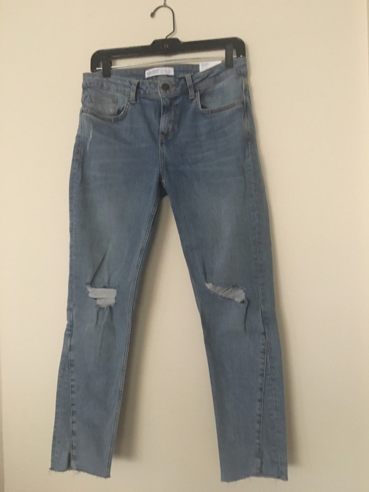 NWT  ZARA BASIC SOFT JEANS FADED blueE MID RISE SKINNY RIPPED SIZE 40 (US 8)